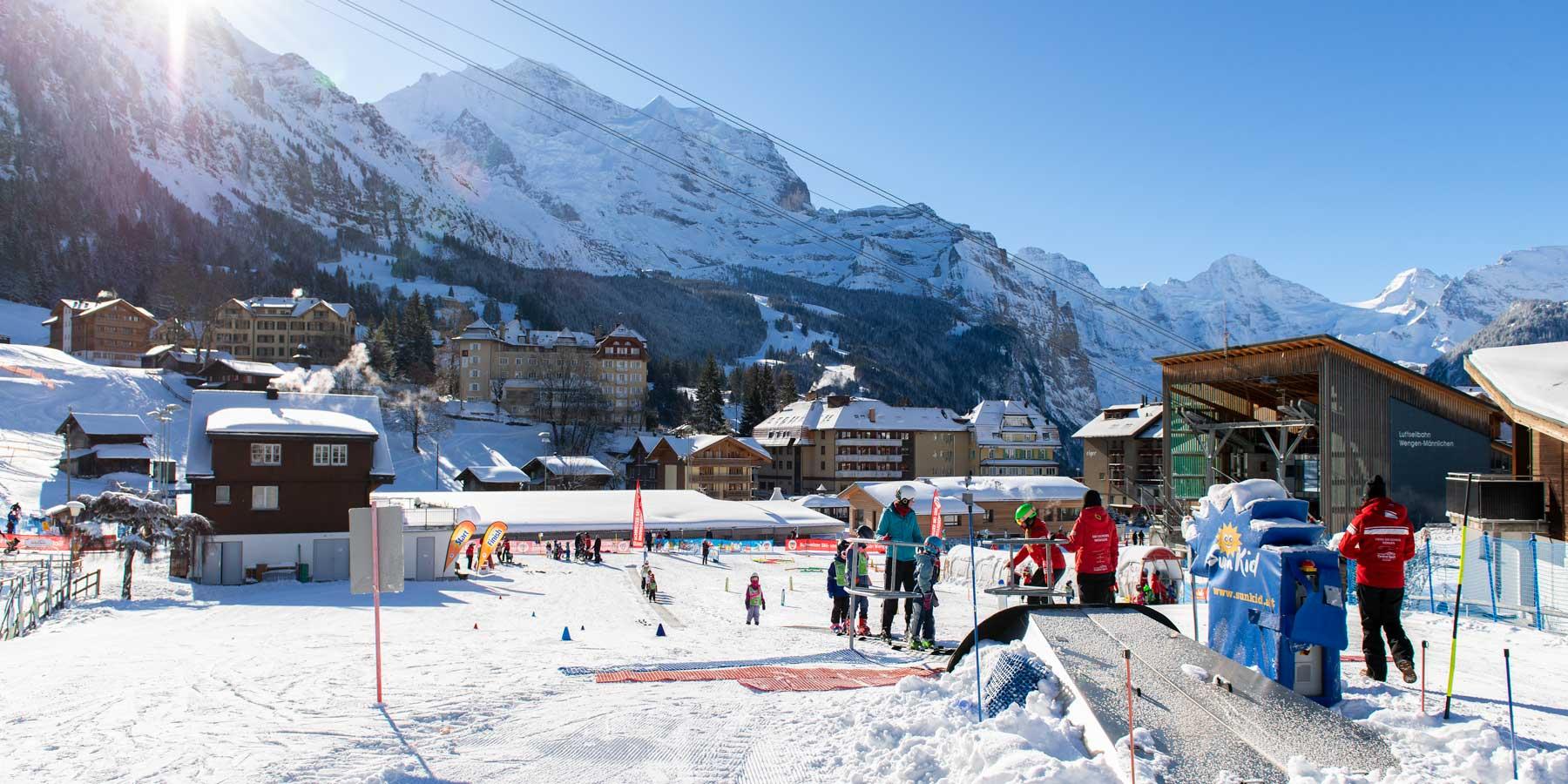 ski-school-children